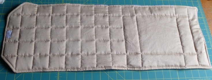 quilted-back-of-pouch
